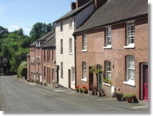 Self catering holiday cottages, Ludlow town centre accommodation, Shropshire, England, UK